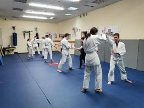 зал айкидо айкикай тренировка Калужская Новый Черемушки Херсонская 41А Бизнес центр