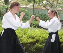 тренировки айкидо летом школа Марии Тиницкой